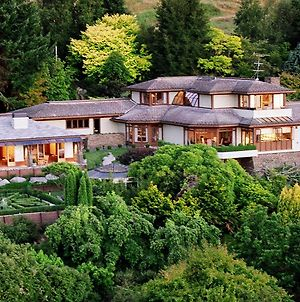 Lake Taupo Lodge photos Exterior