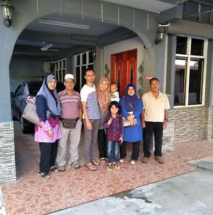 Nur Muslim 2 Homestay At Kota Bharu photos Exterior
