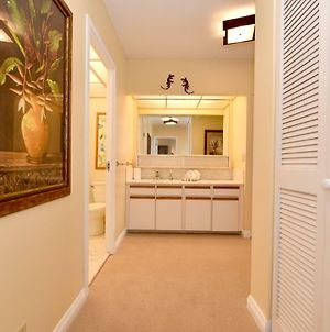 1 Bedroom Ocean View Condo In Kaanapali - Sleeps 4 - Whaler #656 photos Exterior