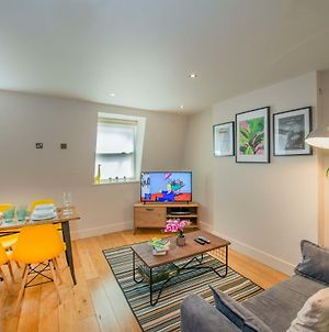 Luxury Central Reading Apartment 1 Bed. Satellite Tv. Wi-Fi photos Exterior