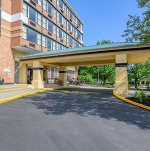 Clarion Hotel Lebanon-Hershey East photos Exterior