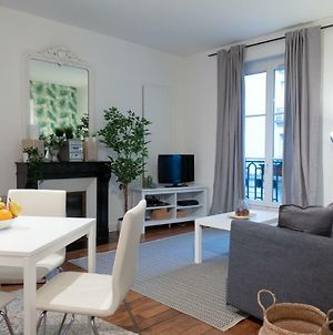 Chic And Spacious Flat At Tocqueville In Paris photos Exterior