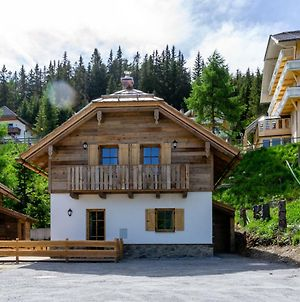 Luxurious Chalet In Katschberghahe With Balcony photos Exterior
