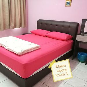 Malim Joyous Homestay photos Exterior