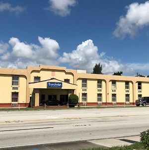 Travelodge By Wyndham Winter Haven photos Exterior