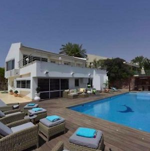 Luxury Villa With Swimming Pool Jacuzzi Sea View 300M Front Of The Beach photos Exterior