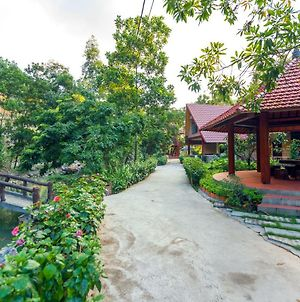 Hang Mua Valley Homestay photos Exterior