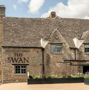 The Swan Inn photos Exterior