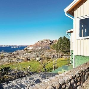 Two Bedroom Holiday Home In Fiskebackskil photos Exterior