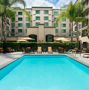 Courtyard By Marriott Los Angeles Pasadena Old Town photos Exterior