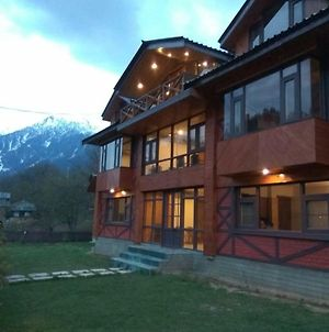 Hotel Pahalgam Pines photos Exterior