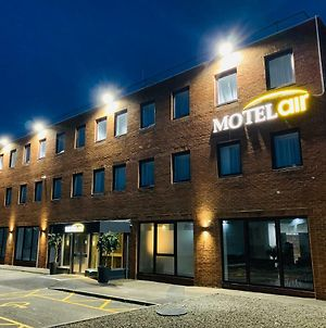 Motel Air Glasgow Airport photos Exterior