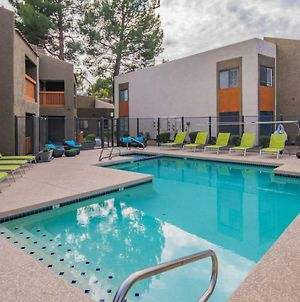 Sleek 1Br With Heated Pool #115 By Wanderjaunt photos Exterior