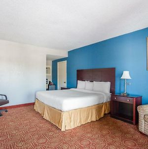 Americas Best Inn And Suites photos Room