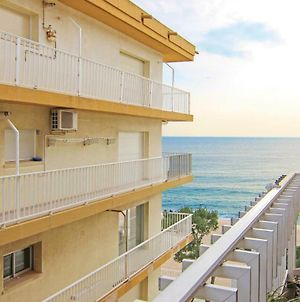 Two-Bedroom Apartment In Platja D'Aro photos Exterior