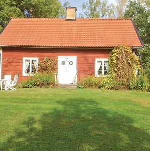 Holiday Home Tjallmo Und photos Exterior