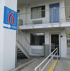Motel 6 Austin Central - North photos Exterior