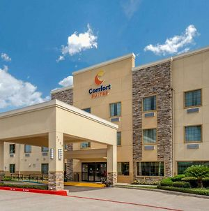 Comfort Suites Baytown I - 10 photos Exterior