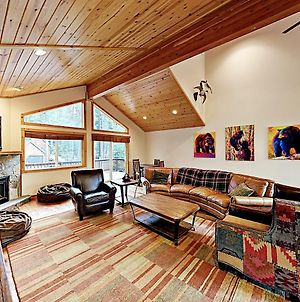 New Listing! Tahoe Donner Haven With Hot Tub & Decks Home photos Exterior