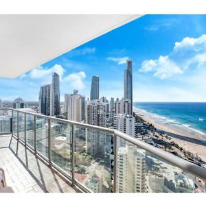 Relaxing Holiday Escape High Above Surfers Paradise photos Exterior
