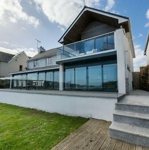 Luxury Holiday Home In Saundersfoot With Panoramic Sea View photos Exterior