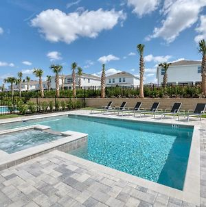 Phenomenal Home With Theater & Themed Rooms Near Disney - 7675F photos Exterior