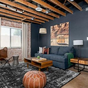 Stylish 2Br Townhome In Central Phx By Wanderjaunt photos Exterior