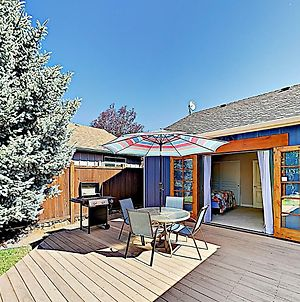 New Listing! Updated Sanctuary With Backyard Oasis Home photos Exterior