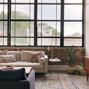 Sunny Loft W/ View Of Gay St photos Exterior
