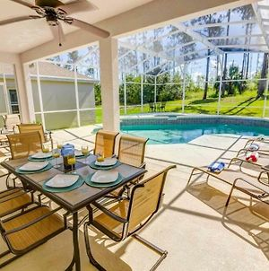 5 Star Surprise! No Rear Neighbors In Pool Area! Home photos Exterior