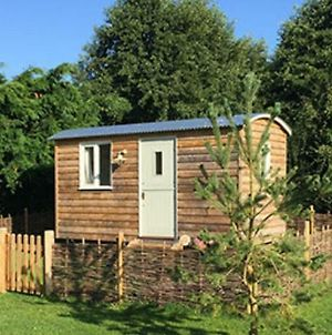 Poppy The Shepherd'S Hut photos Exterior