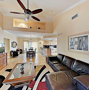 New Listing! Updated All-Suite Getaway W/ Grill Condo photos Exterior