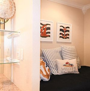 New Listing! Beautiful 1/1 Condo With Gorgeous Beach Views! Pool & Hot Tub!! - Shell We Dance photos Exterior