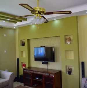 Oak Pent House - Your Home Away From Home photos Exterior