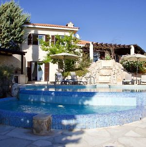 Exclusive Hilltop Panoramic Villa With Infinity Pool photos Exterior