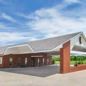 Super 8 By Wyndham Muskogee photos Exterior