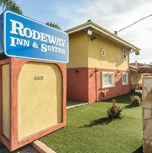Rodeway Inn & Suites Near The Coliseum & Arena photos Exterior