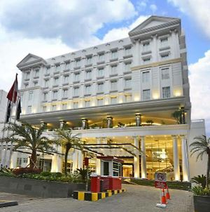 Golden Flower Savero Bogor photos Exterior