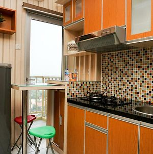 Modern 2Br With City View @ Pancoran Riverside Apartment By Travelio photos Exterior