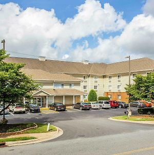 Suburban Extended Stay Hotel Charlotte photos Exterior