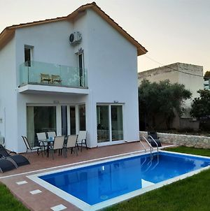 Villa Anastasia With Pool Near The Beach photos Exterior