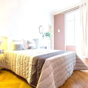 Apartment With 2 Bedrooms In Nice, With Wifi photos Exterior