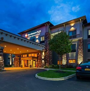 Best Western Plus Finger Lakes Inn & Suites photos Exterior
