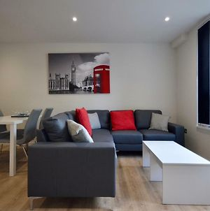 A Brand New Modern 2-Bed Apartment In Bedminster photos Exterior