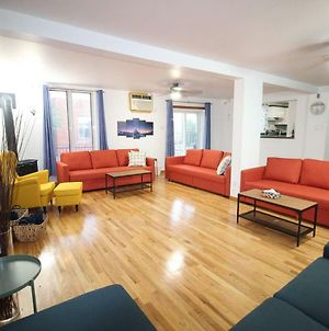 Entire 4Bdr Apt In Montreal/Near Downtown+Parking photos Exterior