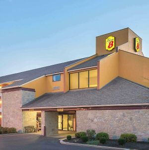 Super 8 By Wyndham Vandalia/Dayton International Airport photos Exterior