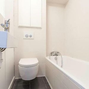 Spacious 2 Bedroom Flat In Prime Notting Hill photos Exterior