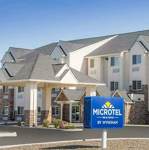 Microtel Inn & Suites By Wyndham Klamath Falls photos Exterior