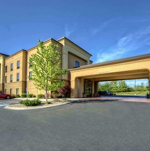 Hampton Inn Crossville photos Exterior