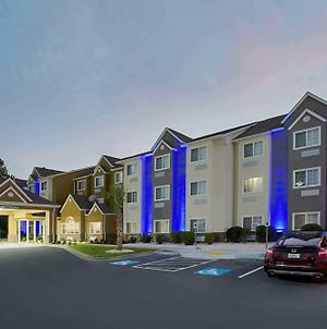 Microtel Inn & Suites By Wyndham Walterboro photos Exterior